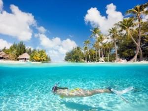 Malediven-Insel zum Schnorcheln